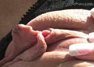 Close up clit sucking